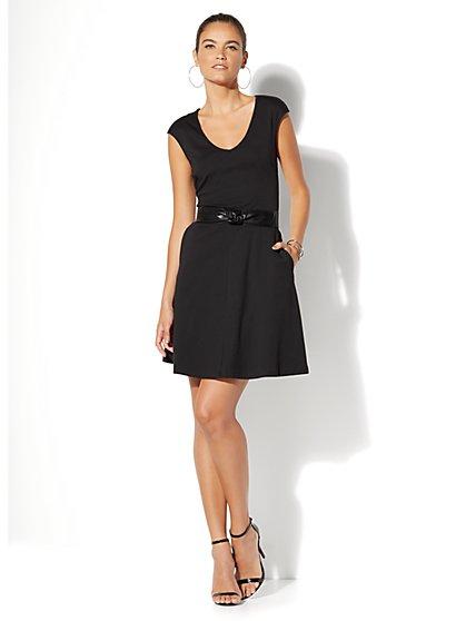 Cotton V-Neck Pocket Fit & Flare Dress - Tall - New York & Company