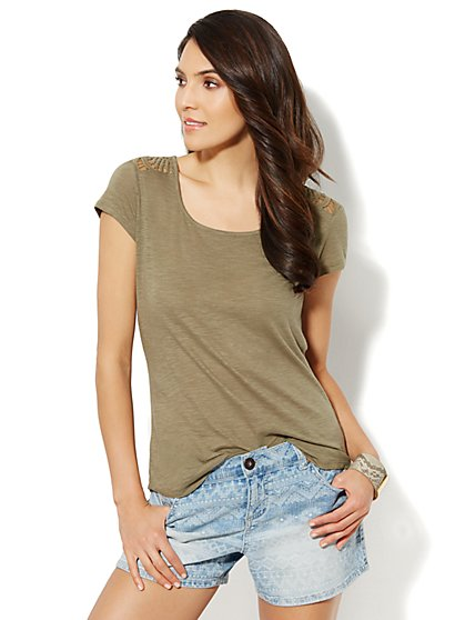 Crochet Back Tee - New York & Company
