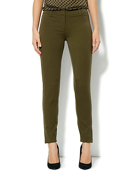 Crosby Street SuperStretch Slim Leg Seamed Pant