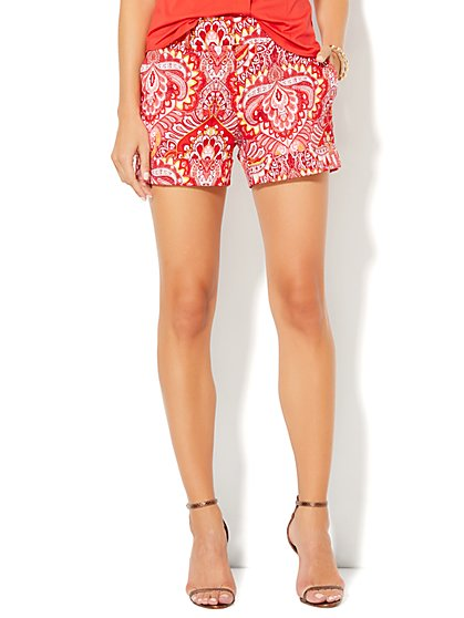 Cuffed Short - Linear & Graphic Print  - New York & Company