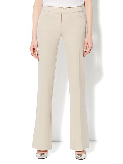 Curvy City Double Stretch Bootcut Pant - Average