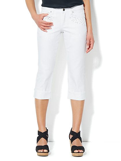 Curvy Crop Jean - New York & Company