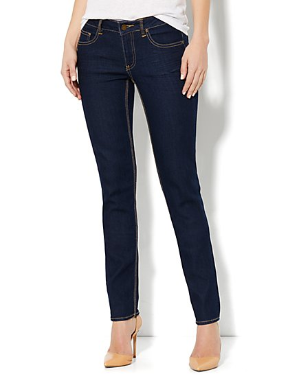 Curvy Skinny Leg Jean - Dark Midnight Wash - Average