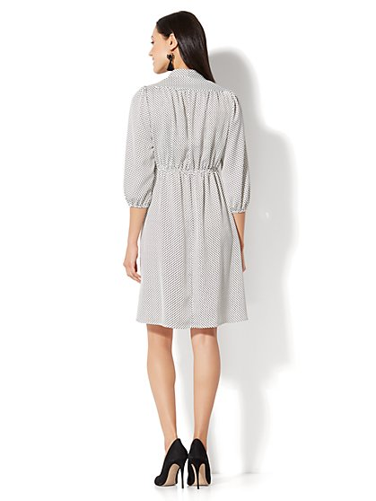 Dresses for Women - New York &amp- Company