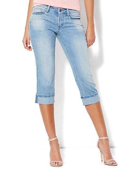 Embellished Curvy Crop Jean