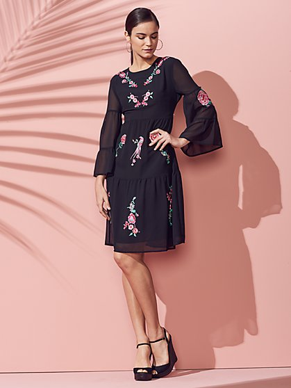 Embroidered Bell-Sleeve Shift Dress - New York & Company