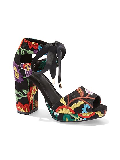 Embroidered Open-Toe Platform Sandal - New York & Company