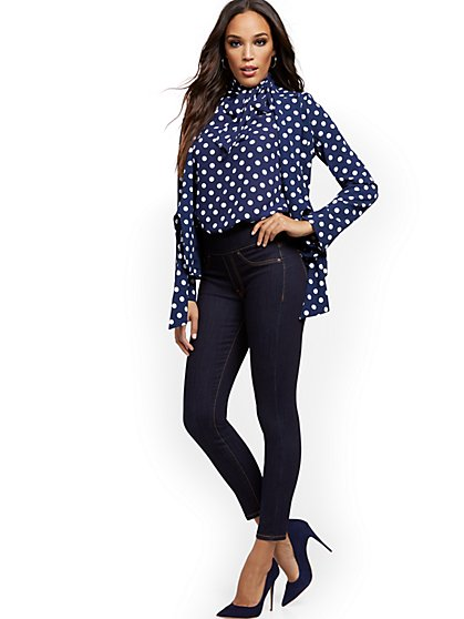 Feel-Good High-Waisted No Gap Pull-On Super-Skinny Ankle Jeans - Rinse - New York & Company