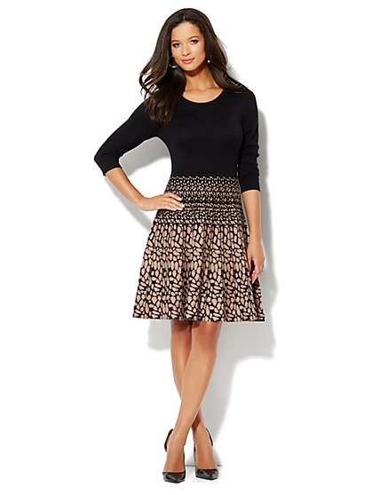 Flare Sweater Dress - Print - New York & Company