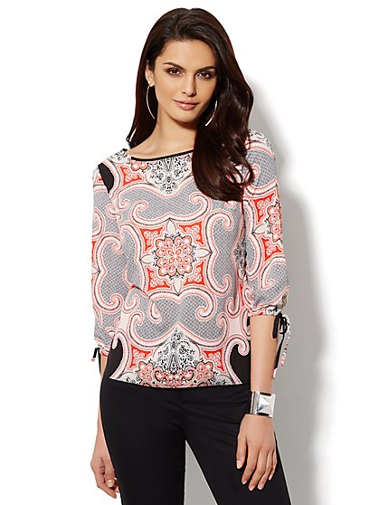 Flyaway-Back Blouse - Scroll -Petite  - New York & Company