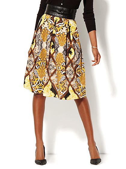 Full Pleated Scuba Skirt - Print - Petite  - New York & Company