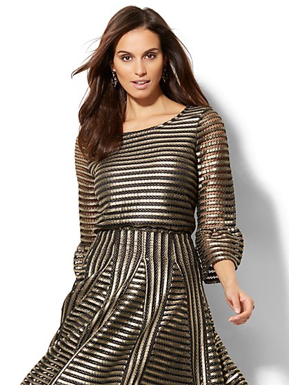 Gold Bell-Sleeve Mesh Top - New York & Company