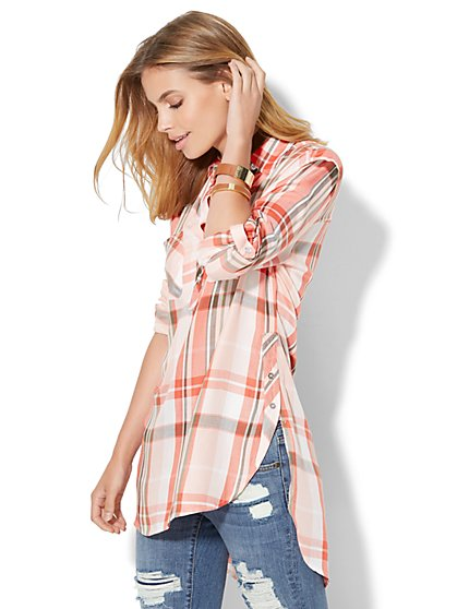 Hi-Lo Soho Soft Shirt - Plaid  - New York & Company