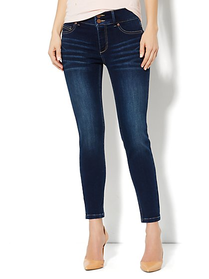 High-Waist Ankle Legging – Millennium Blue Wash