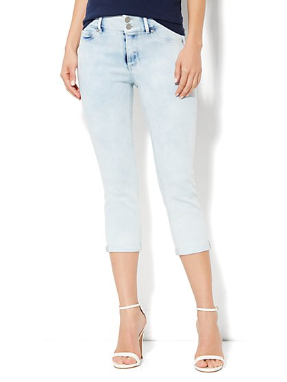 High-Waist Legging Crop - Festival Blue Wash - New York & Company