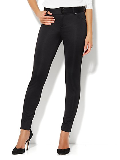High-Waist Scuba Legging - New York & Company