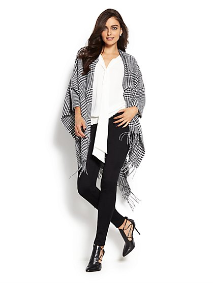 Houndstooth Fringe-Trim Wrap - New York & Company