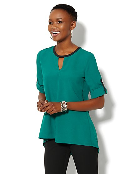 Keyhole Hi-Lo Tunic - Solid - New York & Company