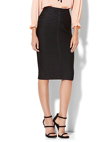 Lattice-Accent Pull-On Pencil Skirt - New York & Company