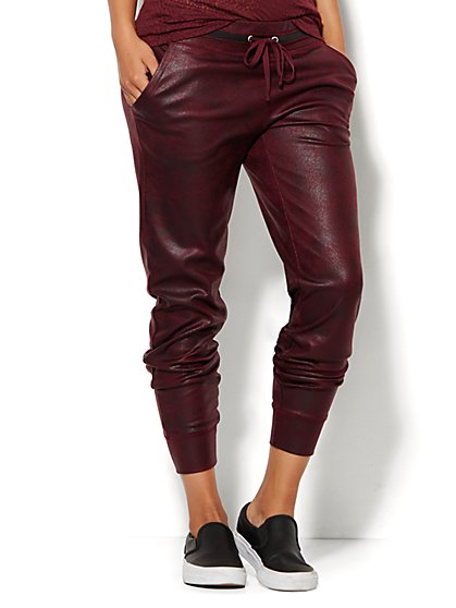 Lounge - Coated Jogger - Burgundy Spice - New York & Company