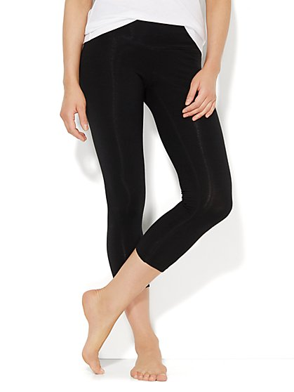 Lounge - Crop Yoga Legging - Solid  - New York & Company