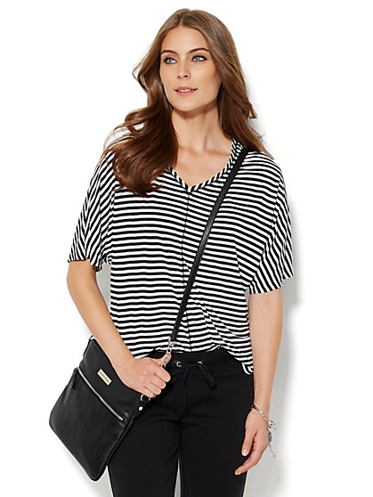 Lounge - Elbow-Sleeve V-Neck Top - Stripe - New York & Company