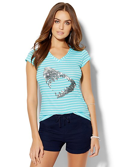 Lounge - Striped V-Neck Logo Tee - Sequin Shark - New York & Company