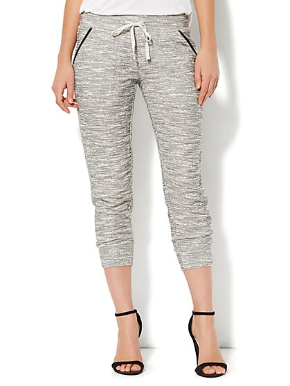 Love, NY&C Collection - Crop Contrast-Trim Jogger  - New York & Company