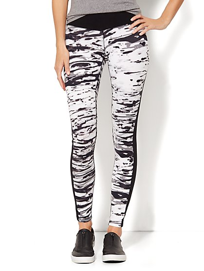 Love, NY&C Collection - Envy Legging - Abstract Print  - New York & Company