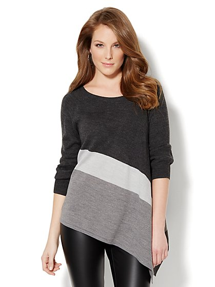 Love, NY&C Collection - Grey Colorblock Sweater  - New York & Company
