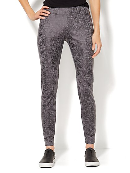 Love, NY&C Collection - Legging - Foil Print  - New York & Company