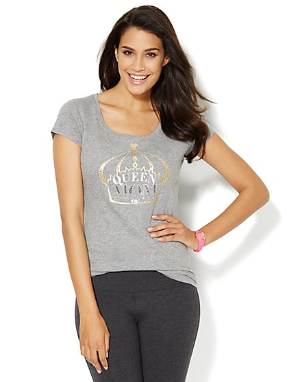 Love, NY&C Collection - Queen Mom Logo Tee  - New York & Company