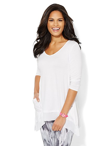Love, NY&C Collection - Sharkbite-Hem Top - Solid  - New York & Company