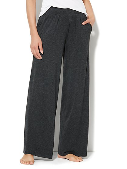Love, NY&C Collection - Wide-Leg Solid Pant - New York & Company