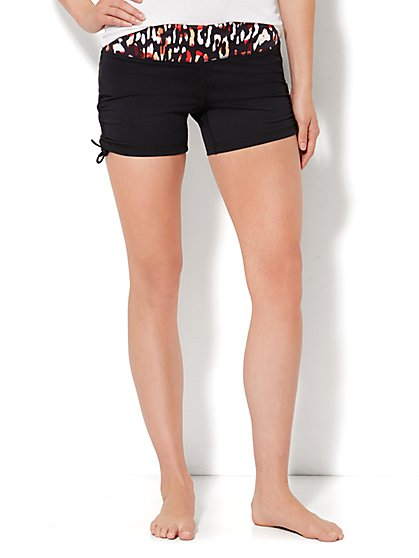 Love, NY&C Envy Collection - Red Contrast-Print Short  - New York & Company