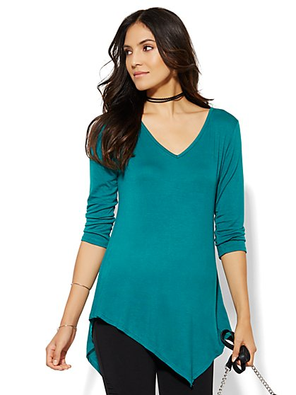 Manhattan Tee - Asymmetrical Hem - New York & Company