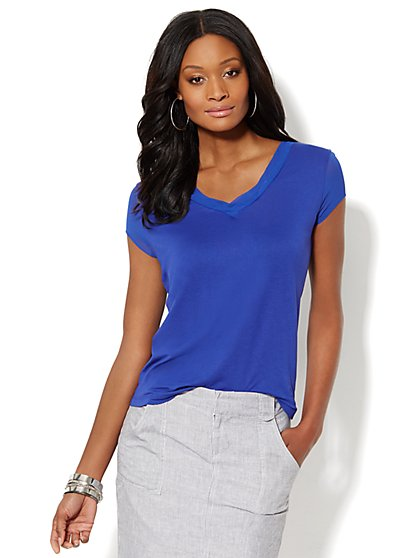 Manhattan Tee - Chiffon-Trim V-Neck  - New York & Company