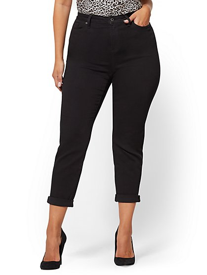 Mid-Rise Curvy Boyfriend Jeans - Black - New York & Company