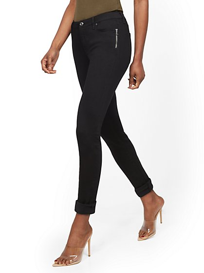 Mid-Rise Zip-Accent Slim Boyfriend Jeans - Black - New York & Company