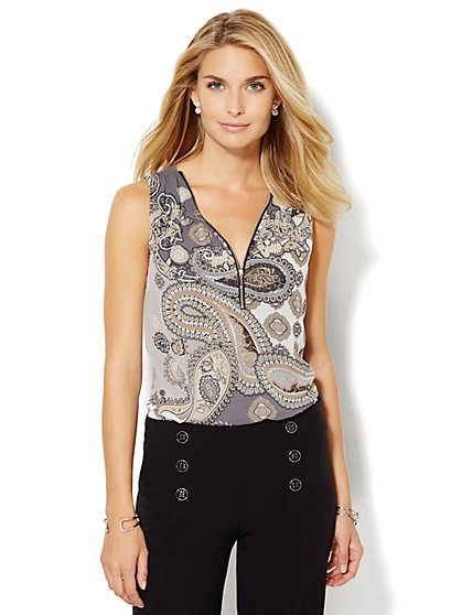 Mixed Fabric Zip-Accent Shell - Print  - New York & Company
