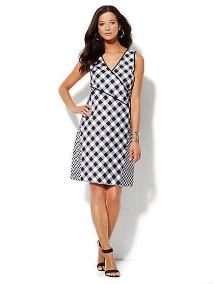 Mixed-Print Gingham Sleeveless Dress - Petite - New York & Company