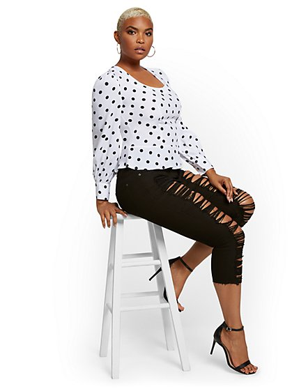 Mya Curvy High-Waisted Sculpting No Gap Super-Skinny Capri Jeans - Black - New York & Company