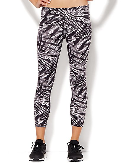 NY&C Velocity - Crop Legging - Black & White Graphic Print   - New York & Company
