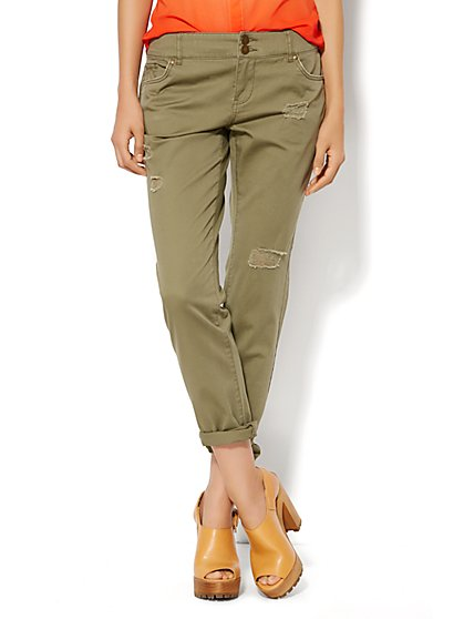 New York Boyfriend Pant - Destroyed - Union Square Green  - New York & Company