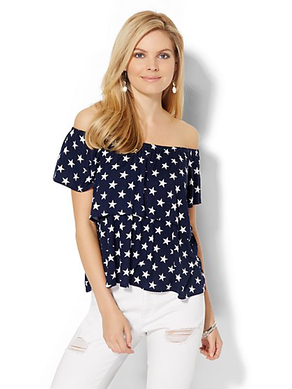 Off-The-Shoulder Tee - Star Print  - New York & Company
