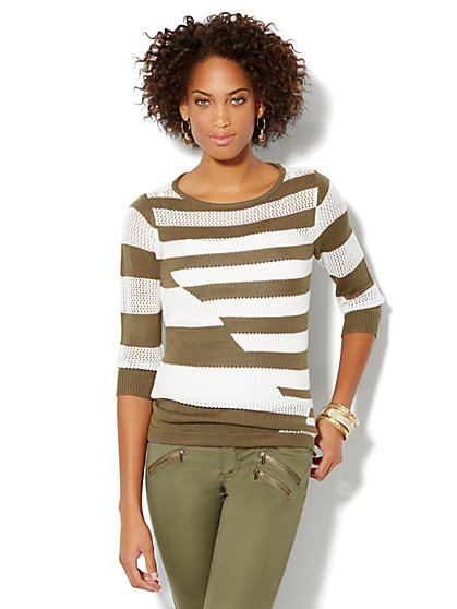 Open-Stitch Pullover Sweater - Stripe