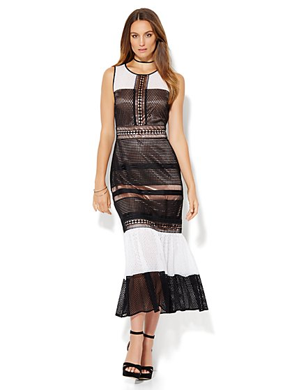 Openwork-Overlay Lace Maxi Dress - Black & White  - New York & Company