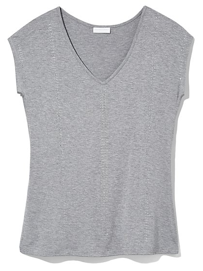 Outlet Exclusive - Studded V-Neck T-Shirt  - New York & Company