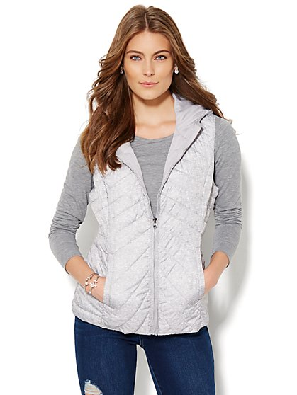 Packable Hooded Puffer Vest - New York & Company
