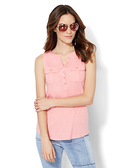 Patch-Pocket Henley Top - Solid  - New York & Company